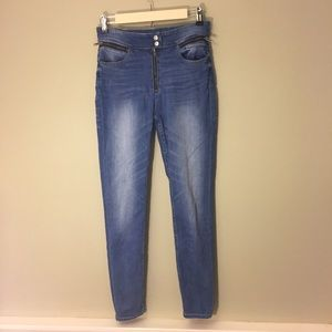 UO BDG High Rise Twig Ankle Jeans